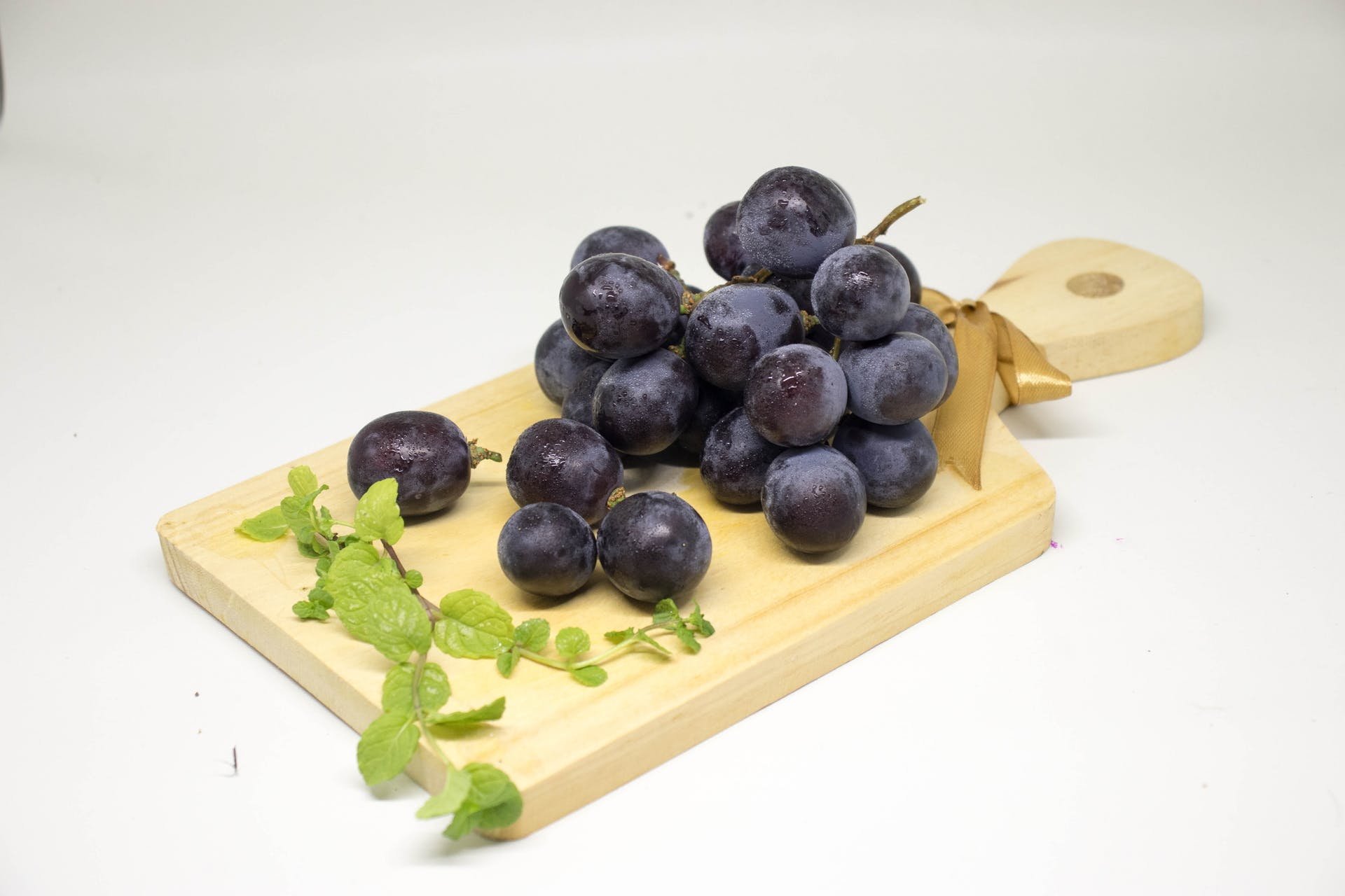 fruits healthy food fresh grapes