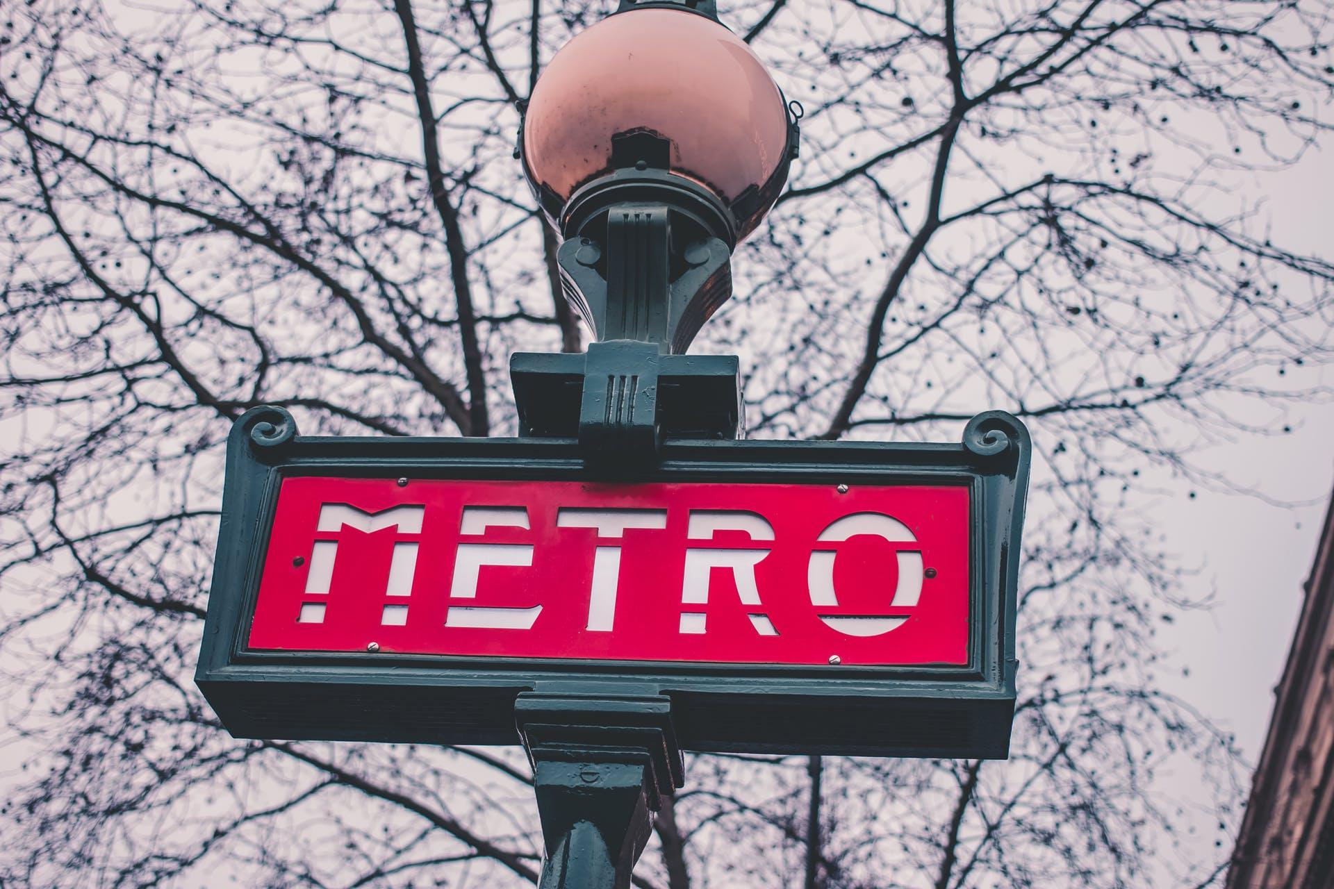 metro paris travel destination city