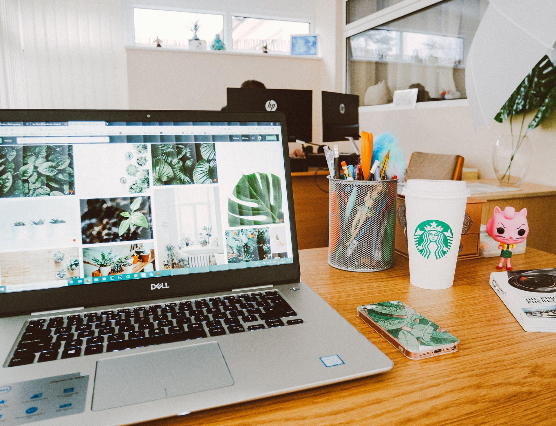 starbucks screen laptop desk