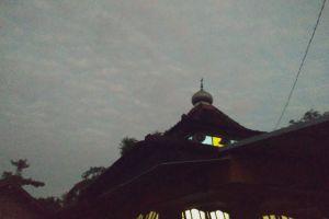 dark dawn mosque early morning