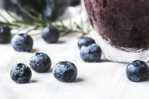 food photography rosemary blueberries berries delicious frappe drink glass blackberries yummy