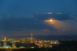 full moon night city horizon city lights