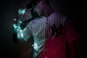 long exposure canon light and shadow portrait light portrait photography green red photography