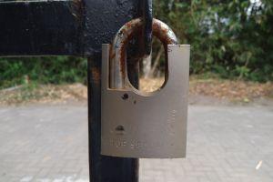 macro lock street