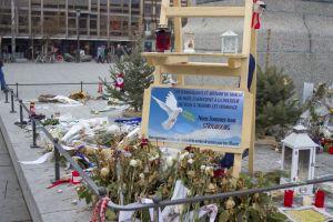 market tribute attack france christmas terrorist flowers