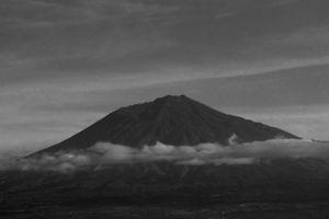 mountain gunung nature