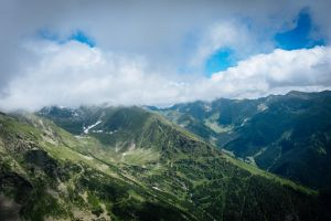 nature view mountains photography trees environment snow capped mountain carpathian sky wilderness europe adventure