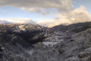 pano nature panorama tree snow cloud mountain winter