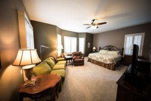 room home interior interior design interior decoration interiors bedroom bed couch guest room bright room