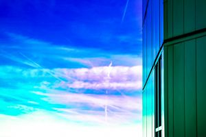 sky minimalist purple clean modern architecture building wallpaper simple green