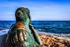 spain dama beautiful sea