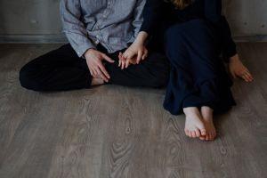 together feet young wear barefoot woman fashionable legs sitt fashion