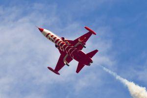 turkish turk yildizlari red blue supersonic aero plane airshow turkish stars