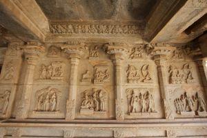 unesco world heritage site architectural design hampi ruins carriot vijayanagar kingdom hindu temple sri krishnadevarayla karnataka
