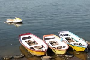 wallpaper boats water daytime