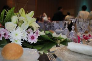wedding filmmaker zawaj accessory bloom romantic table setting bridal wedding party naim.tokyo