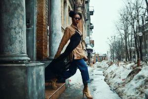 woman walking wear pose pretty fashionable style stylish beautiful