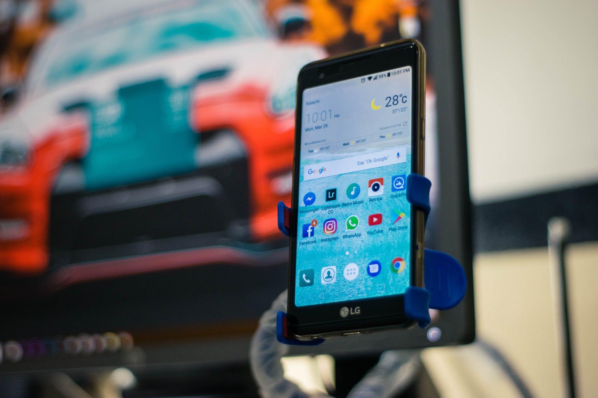 cellphone smartphone electronics screen phone technology touch screen