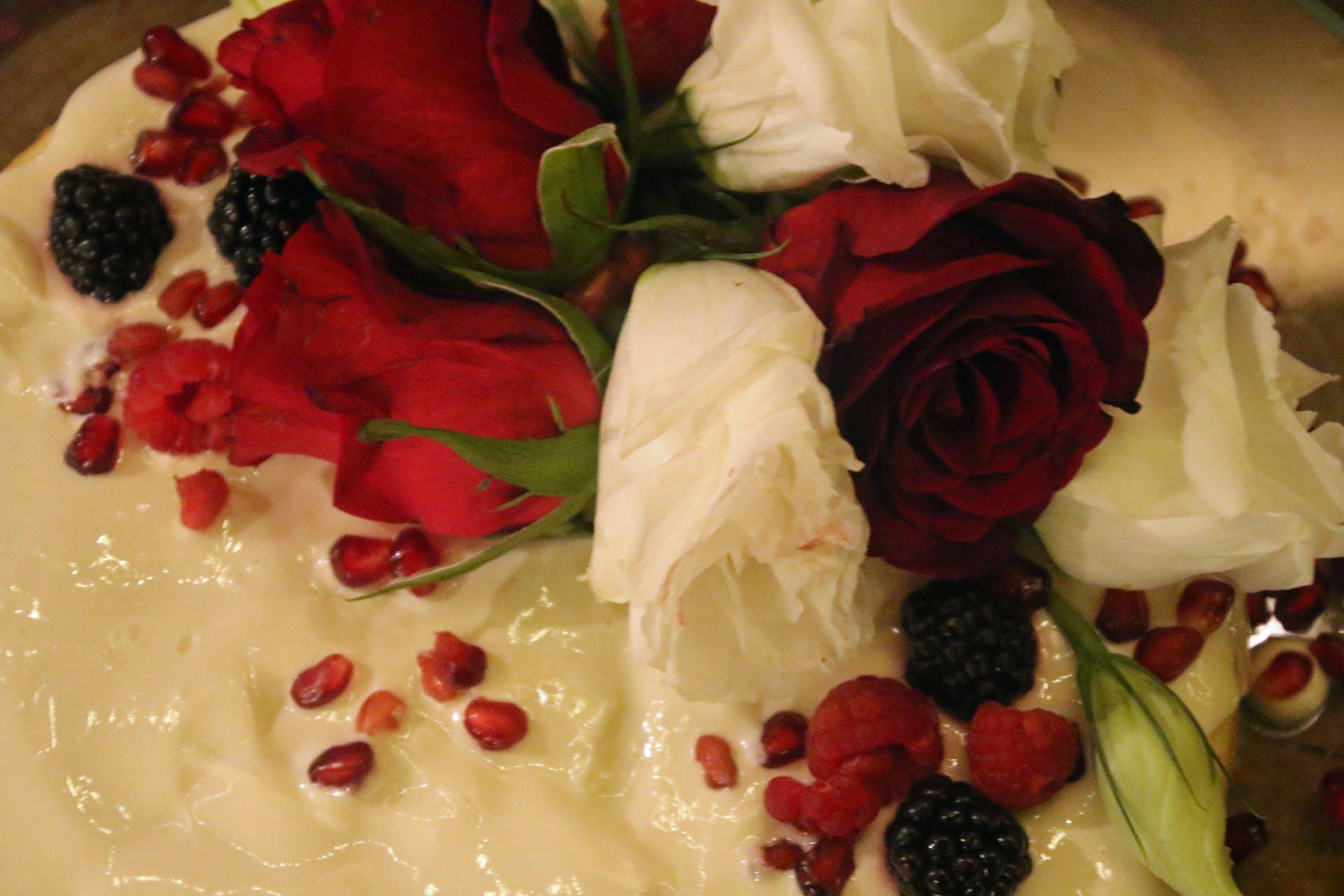 gold flowers golden chocolate wedding cake wedding roses cake yummy