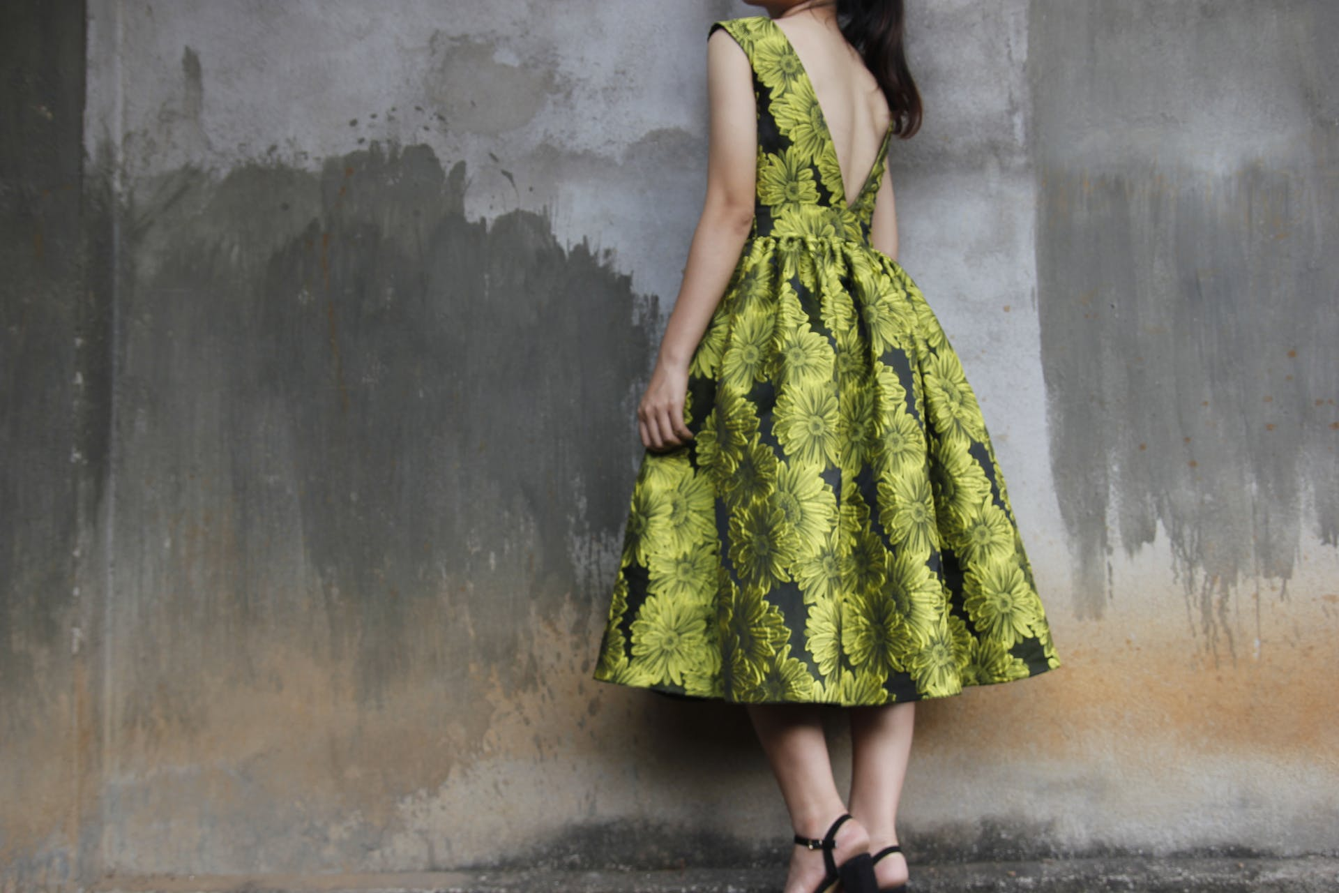 person photoshoot woman floral posture wear girl design female lady