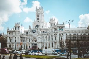 architectural design statue architecture building madrid mail europe