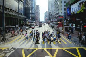 crossing daily live people road hong kong snap street busy crowded walking