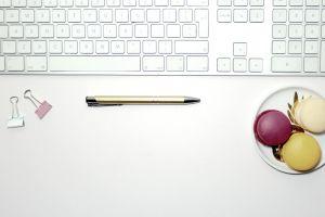feminine pen office macarons macaroons gold white desk girl flatlay