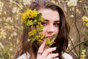 flower girl woman young beautiful tree flora