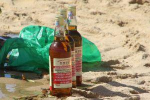 fun people souvenir rum vendors alcohol holiday beach background drinks