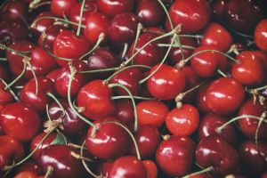 healthy red fresh fruit tasty fresh delicious cherries fruits freshness close-up
