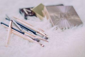 indoors brushes make-up brushes still life wood writing conceptual