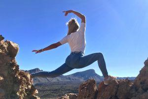 landscape sky blue scenic blue sky wear mountains blue jeans daylight jeans
