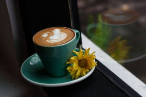 latte spoon flower coffee drink white drink latte art mirror swan coffee