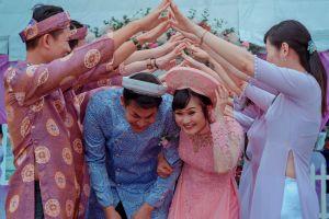 men people couple wedding women dress family daytime celebration wear