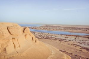 mountain landscape scenic water daylight sand