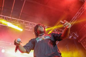 people live show brazil rap live music music rapper