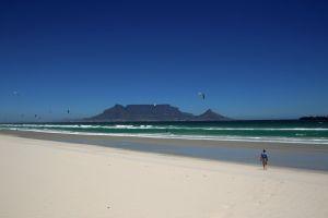pepples holiday mountain ocean rocks wind surf nature play kites wind