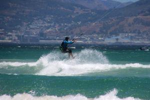 sand ocean kites waves sport fun play rope nature jump