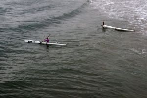 sea row canoe waves minimalism swim ocean water