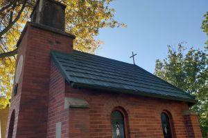 small church building bricks small old building tiny pray church community
