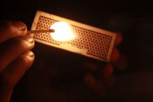 spark match stick dark darkness yellow brown match head candlelight fog light