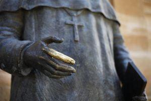statue daylight finger cross art hand