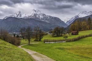 watzmann southern germany alpine berchtesgaden national park beautiful bavaria mountaineering massif trees landscape