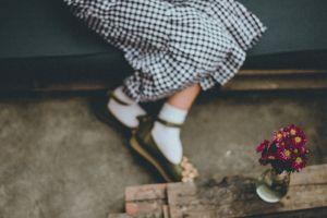 wear daylight recreation woman fashion macro wood indoors footwear child