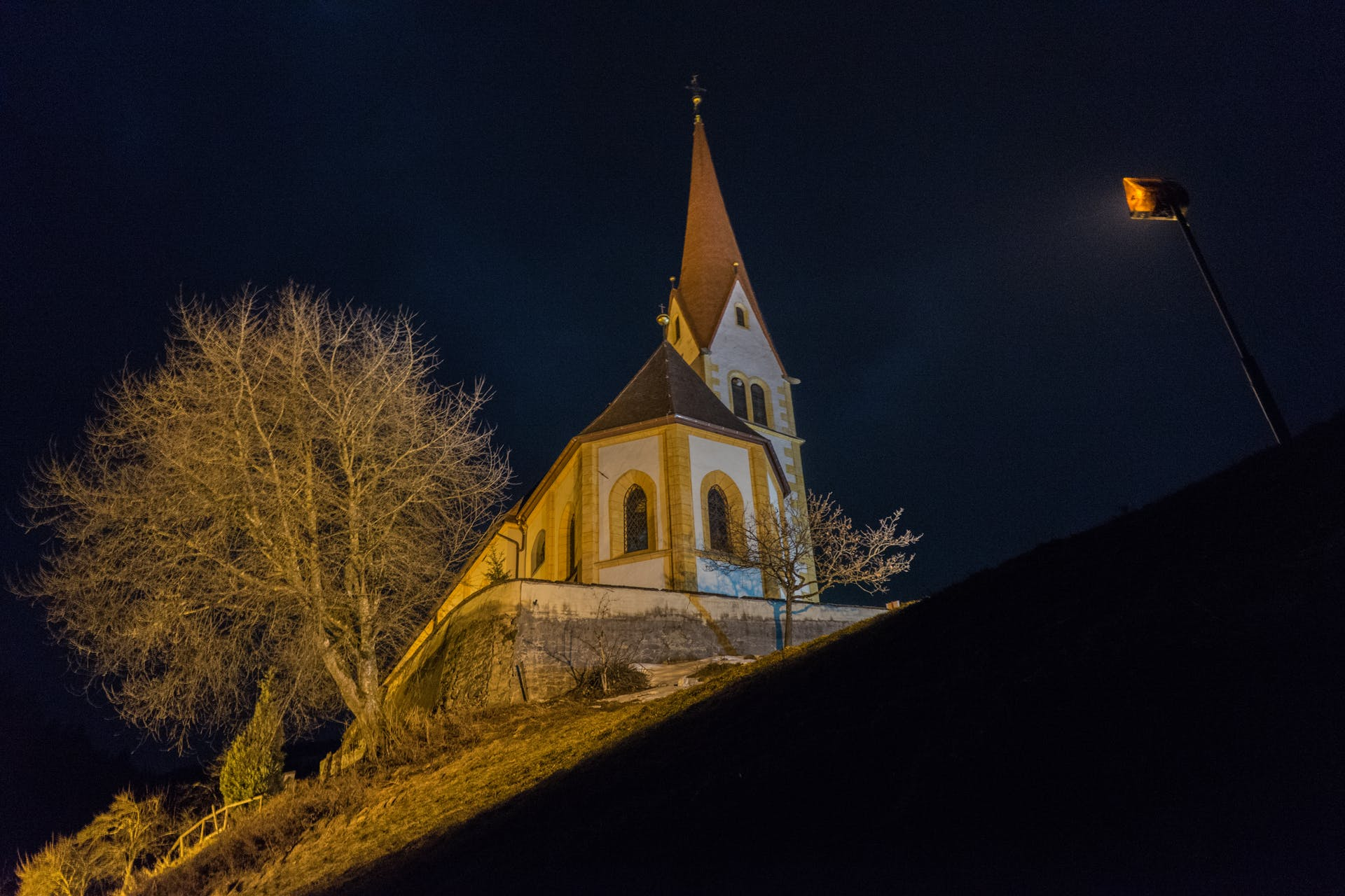 night austria architecture church