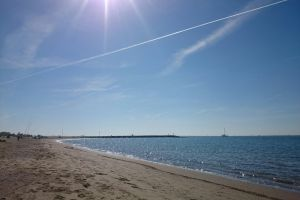 beach morning sun sea beach mare