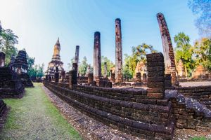 buddhist thailand asian exotic religion sculpture tourism sukhothai sri satchanalai national park unesco