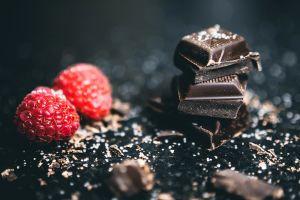 chocolates sweets fruits delicious tasty berries raspberries
