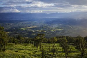costa rica landscape inspiration peaceful relaxing green mountains mountain view mountains blue mountains clouds