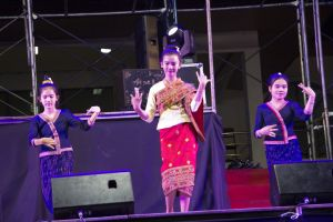 culture salavan teenage person dancer traditional beautiful people jewelry wat